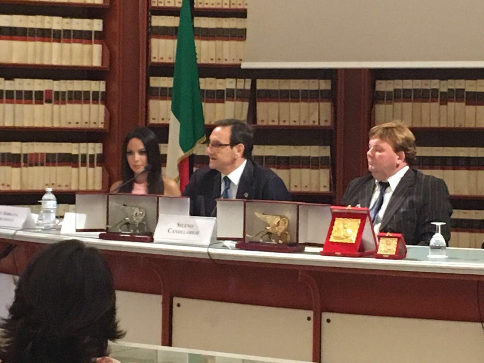 Alla camera dei deputati la cerimonia di presentazione del for Rassegna stampa camera deputati